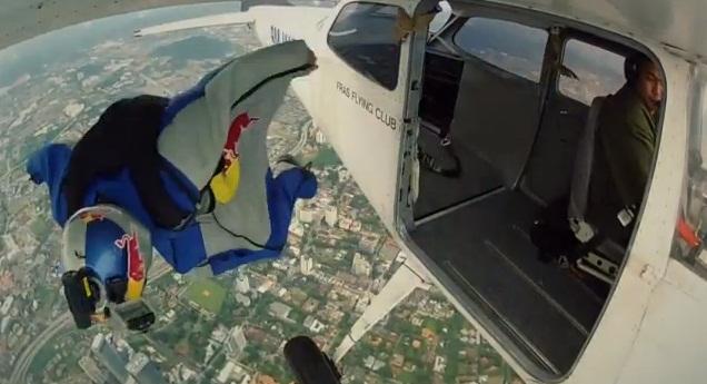 Redbull-Wingsuit-Jump