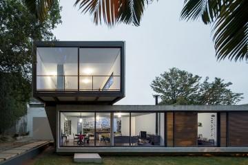 lp-house-by-metro-arquitetos-associados-01-960x640
