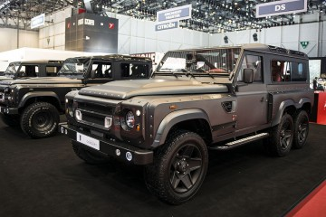 kahn-design-land-rover-defender-huntsman-6x6-1-960x640